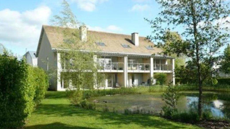 Stonebridge Lodge at Lowermill Estate, 5 extrémité de lit de terasse (gauche) avec spa / accès piscine