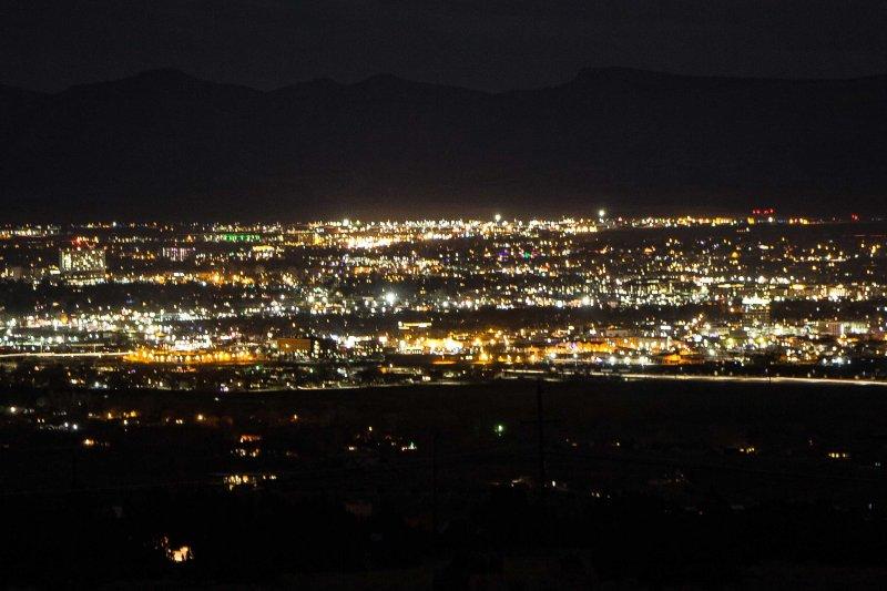 Vai per un viaggio panoramico e trova un punto panoramico - i panorami sono fantastici.