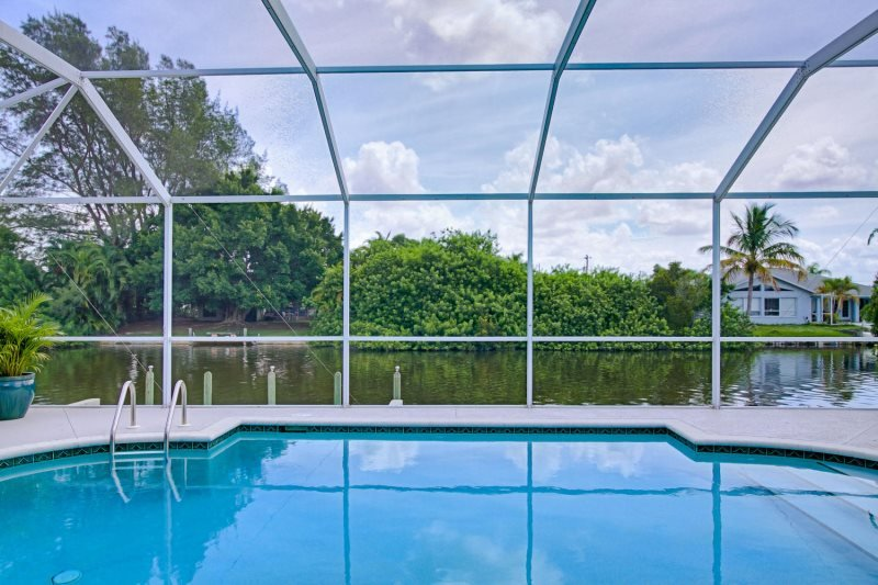 Blue Abaco 4 Bedroom 2 Bath Pool Office With Desk Freshwater