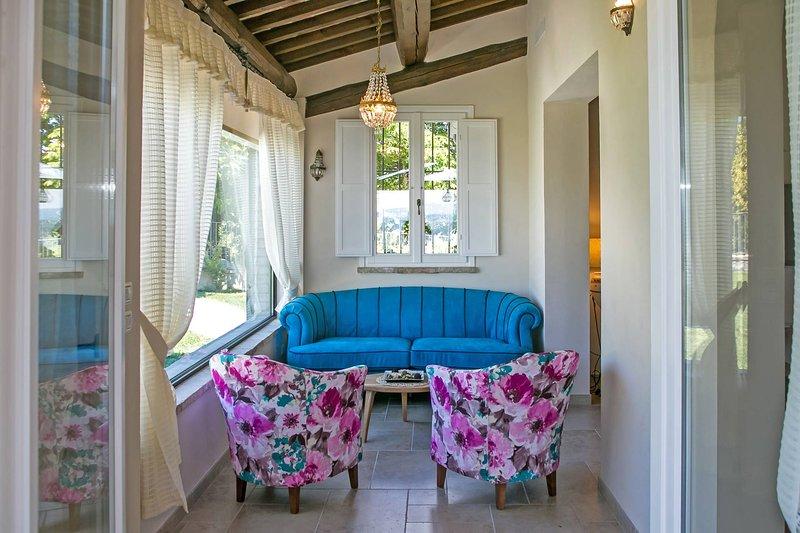 Veranda with sitting area