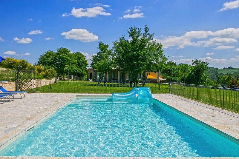 Private pool 10x5 m