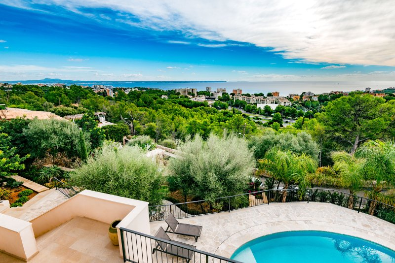 Villa Oasis Palma Bay, holiday rental in Portals Nous