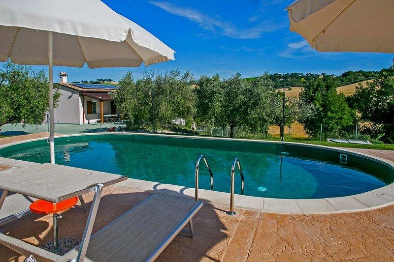 vivenda privada com piscina para grupos até 10 pessoas
