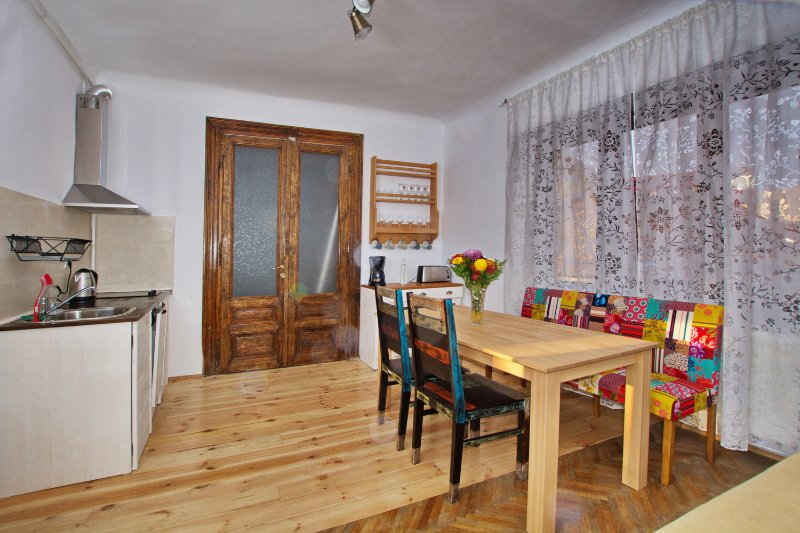 Saint Johns 22 Brasov, vacation rental in Brasov