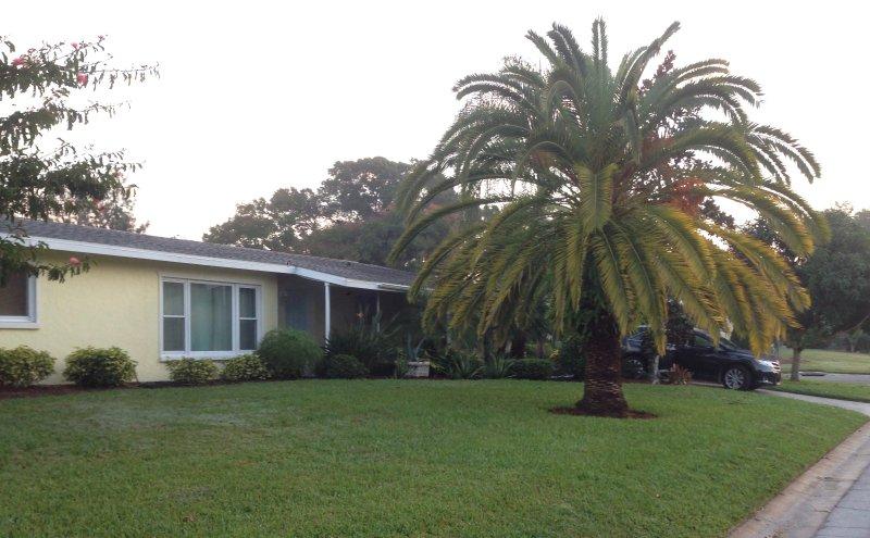 4/3 Pool home 4 miles from Siesta Key Beach, aluguéis de temporada em Gulf Gate Branch