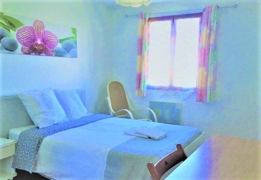 Très jolie chambre spacieuse ensoleillé matiné