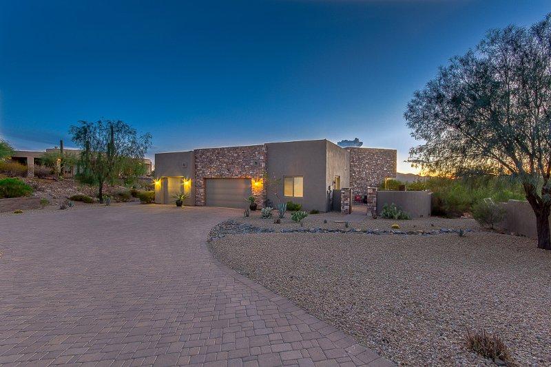 Private Sonoran Desert Escape, location de vacances à New River