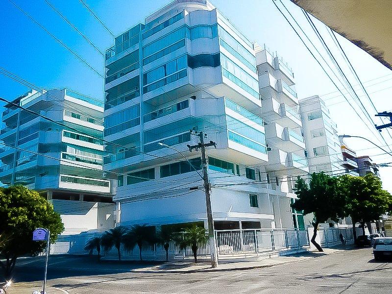 EXCELENTE APARTAMENTO NO COND. RESIDENCIAL MONT BLANC - LAZER A 3 QUADRAS PRAIA, vacation rental in Cabo Frio