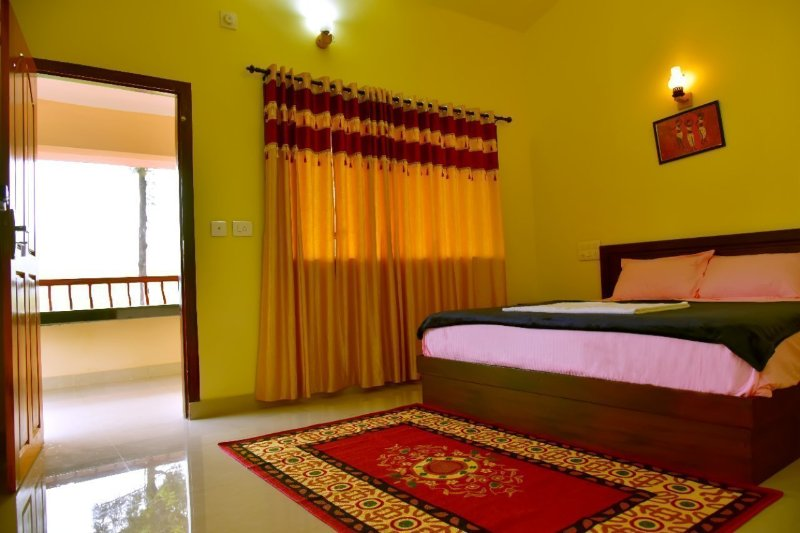 Green Garden Deluxe Two Bed Rooms Cottage, vakantiewoning in Lakkidi