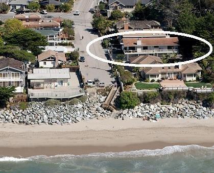 Sólo una casa en la playa.