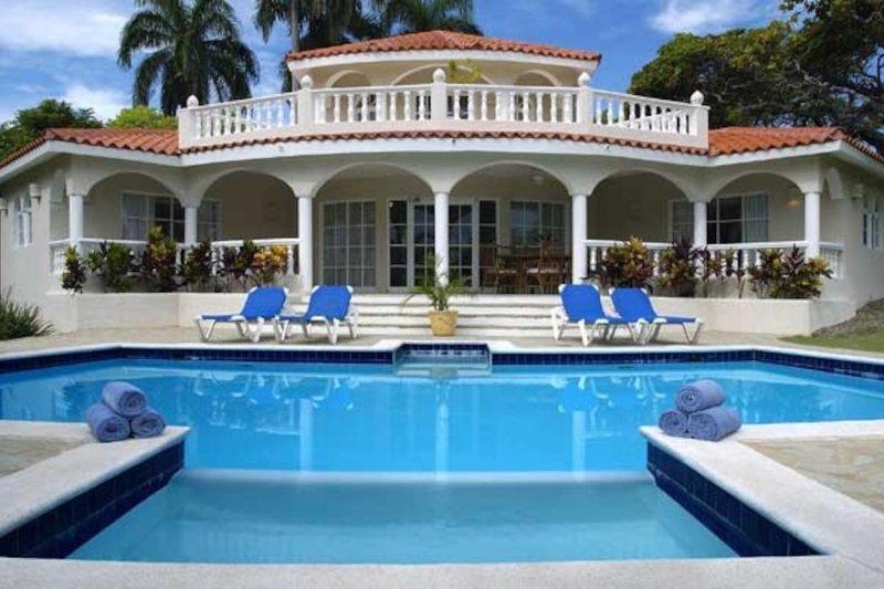 Crown Villas: 6 Bedrooms         Military discounts, casa vacanza a Puerto Plata