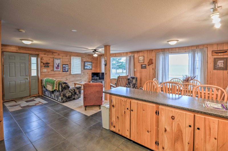¡Entra a esta casa de alquiler de vacaciones de 4 dormitorios y 2 baños!