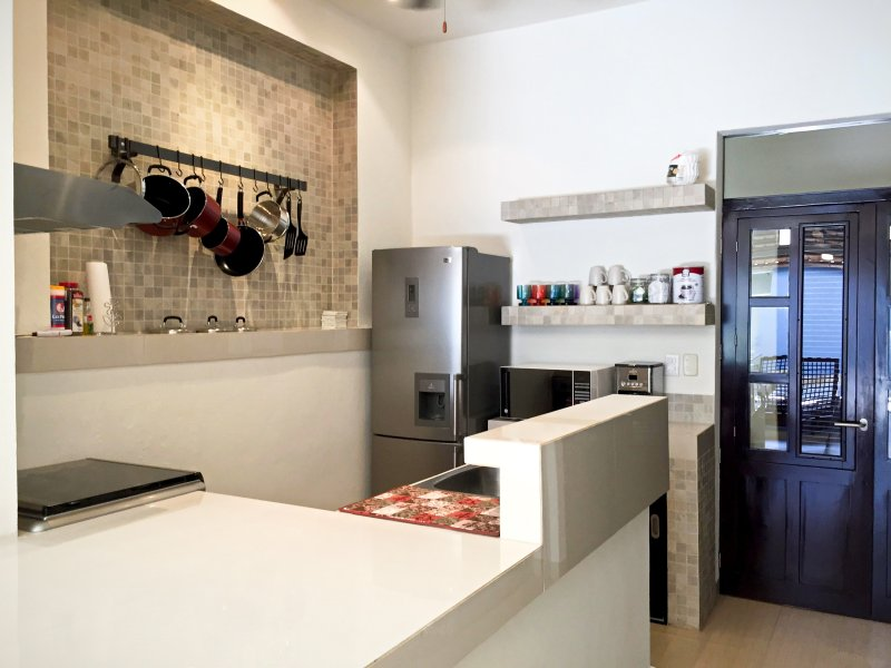 Casa Gatita - Santiago Stunner with Garage, holiday rental in Uman