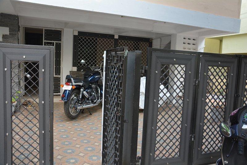 APPLE ORANGE VILLA, holiday rental in Tiruchirappalli District