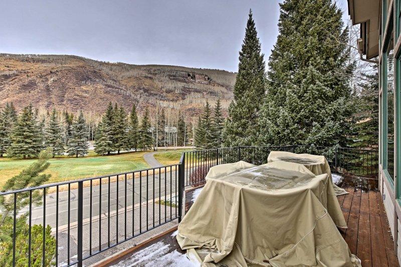 Avrete una vista incredibile dal balcone si affaccia sul fairway!