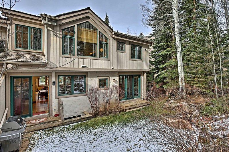 Questa casa duplex può ospitare comodamente fino a 10 ospiti.