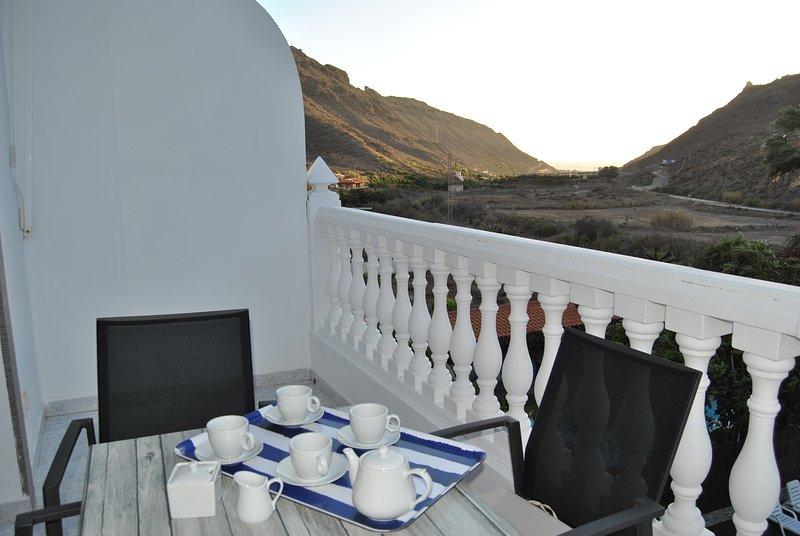 (2ºB) Mogán Sol, preciosos apartamentos con piscina a 3 Km. del Puerto de Mogán, alquiler de vacaciones en Puerto de Mogán