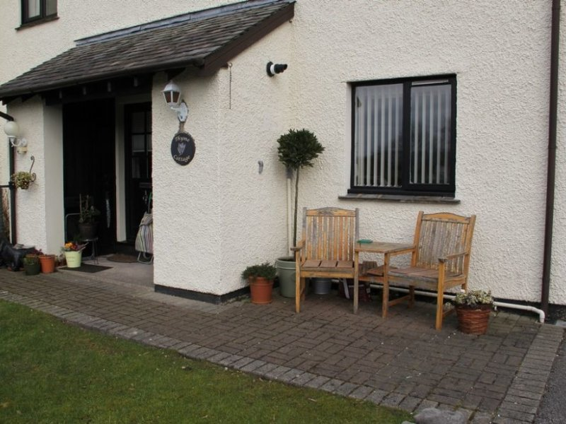 THYME COTTAGE, ground floor apartment, central location, Bowness on Windermere, vakantiewoning in Windermere