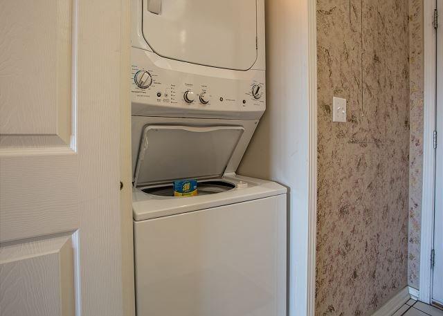 Lavadora y secadora en la propiedad!