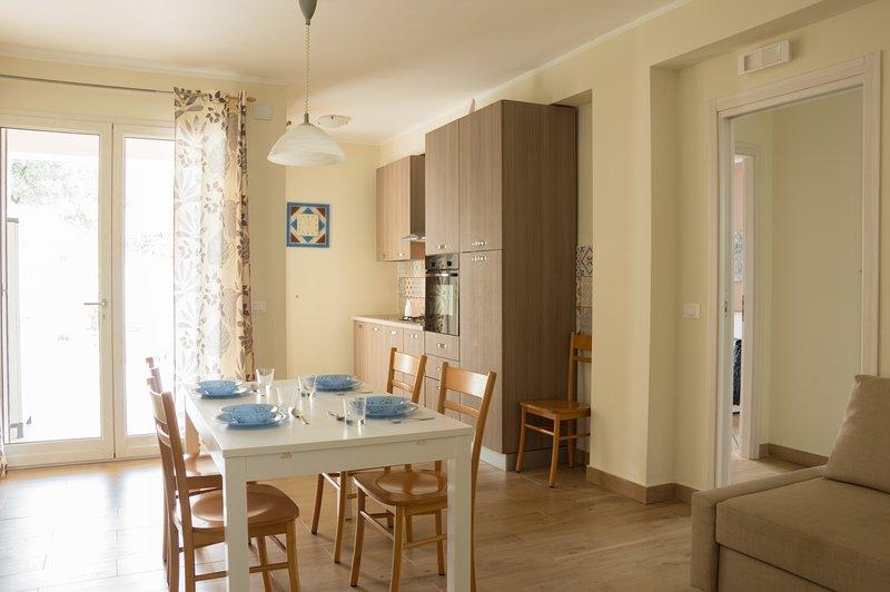 Bosco Sea Apartment - Ground floor with patio, holiday rental in Marina di Palma