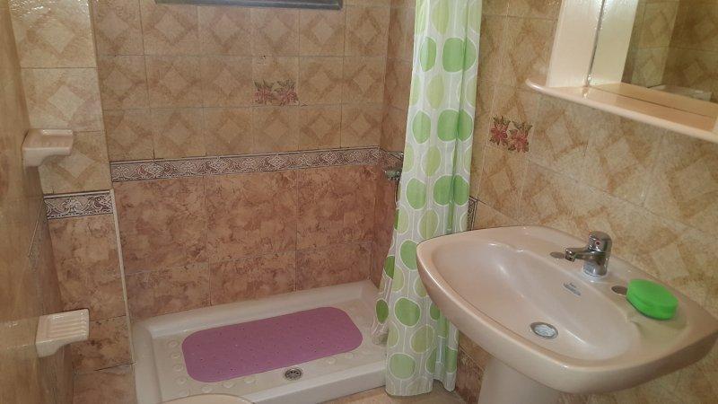 Los Abrigos, habitación doble., vacation rental in Atogo