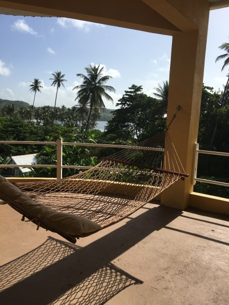 Bago Beach House: Oceanfront, vacation rental in Charlotteville
