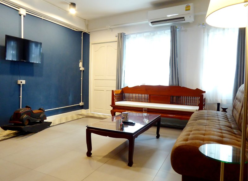 All rooms are air conditioned including the living room. There is a flat screen TV, basic cable and