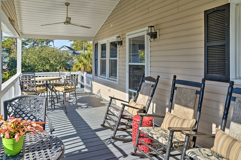 Spend your days relaxing on the spacious front deck revealing waterfront views.