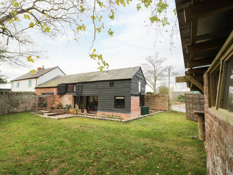 THE HAYLOFT, breakfast bar, wood burner, in Ross-on-Wye, Ref. 953743, vakantiewoning in Dymock