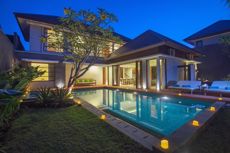 Modern 3BR Villa Entrada Seminyak Close to Shopping Area, holiday rental in Kuta District