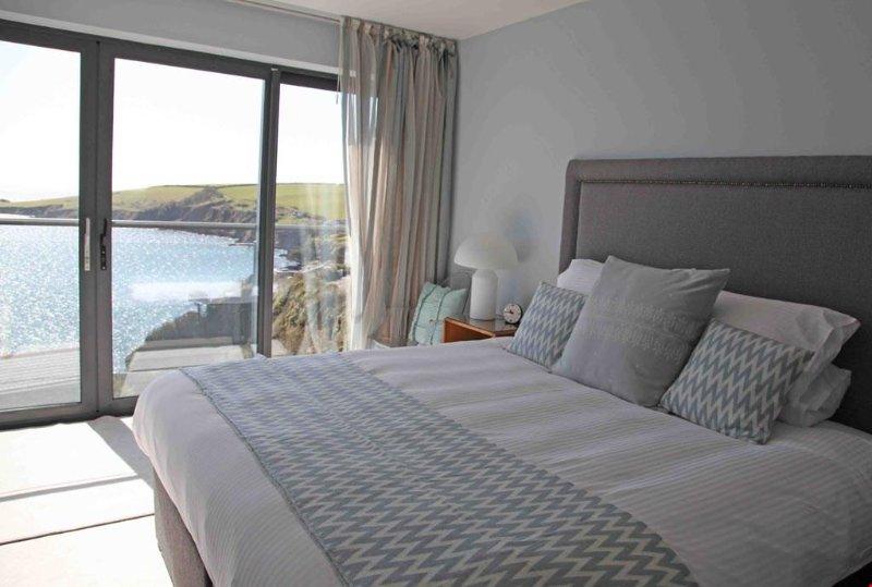 Crabber bedroom with Super king bed