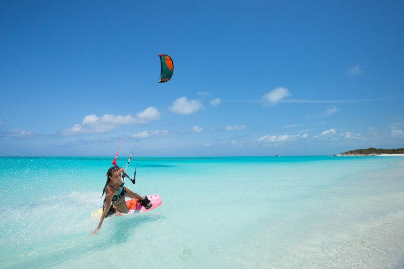 Westview is a 5 minute drive from World renowned Long Bay kiteboarding beach