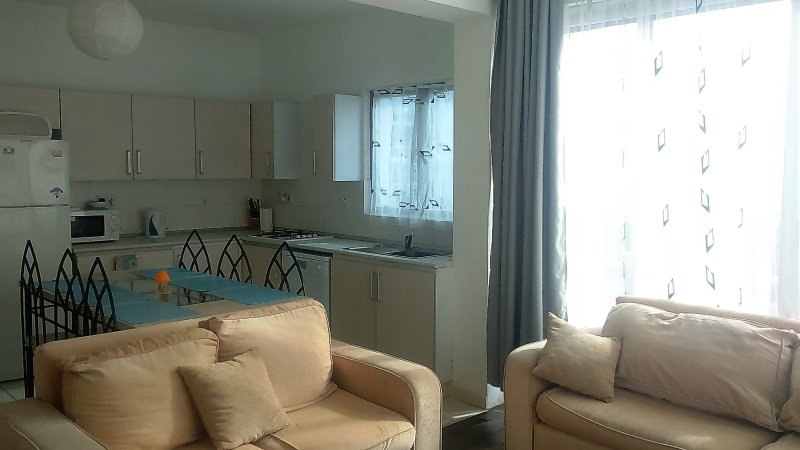 Kyrenia. RiX. Grey&Blue Apartment, holiday rental in Zeytinlik