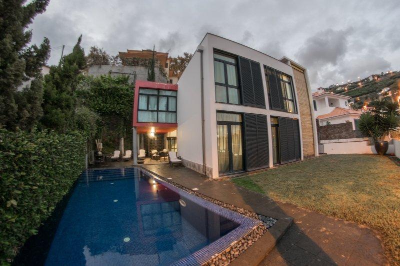 King Villa, holiday rental in Madeira