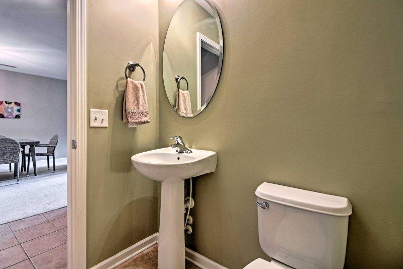 Deze halve badkamer zal van pas komen!