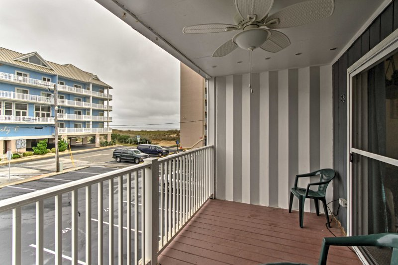 Take in the ocean views and cool saltwater air from this private balcony as you sip your favorite drink.