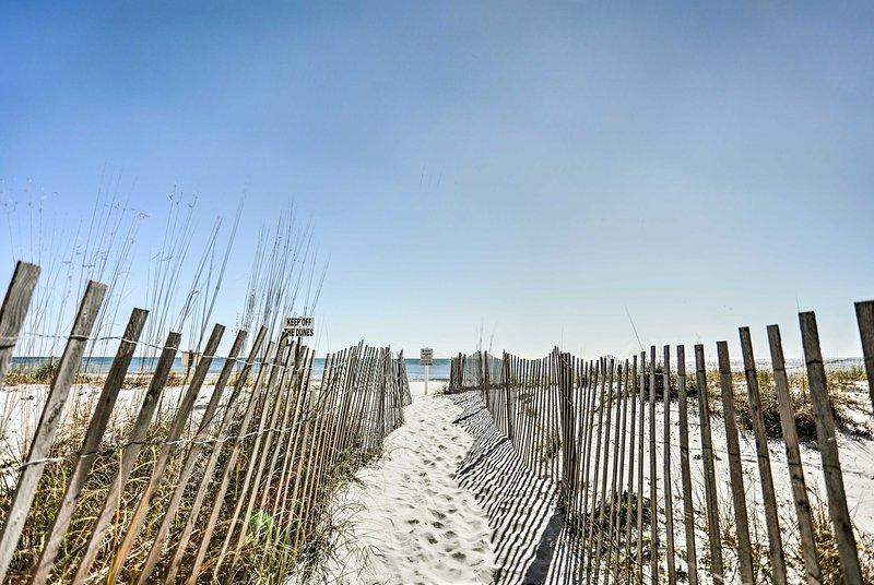 Profitez d'un accès à la plage réservé aux résidents de Sea Breeze!