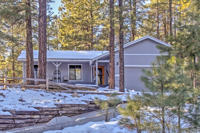 Immerse yourself in the natural beauty of Arizona while staying at this cozy 3-bedroom, 2-bath vacation rental house in Flagstaff.