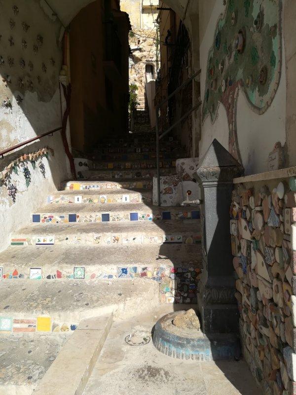Entrance Courtyard Carini - Sciacca
