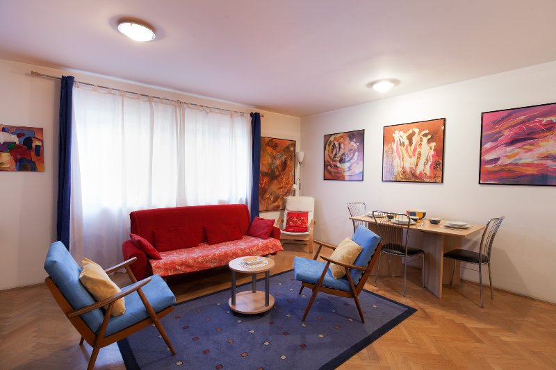 Irena TourAs, mere steps of main attractions, holiday rental in Ljubljana