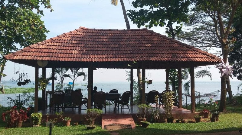 Lovedale Lakeside Homestay, vacation rental in Alappuzha