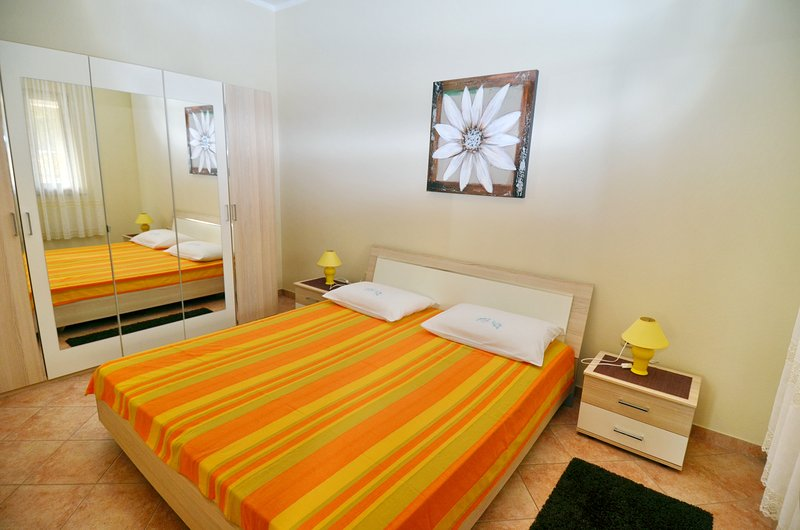 APARTMENT PIUTTI 2, holiday rental in Bibici