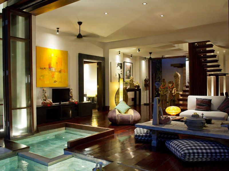 Maya - jacuzzi y sala de estar