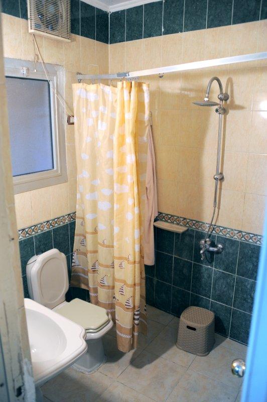 bathroom double deluxe room.