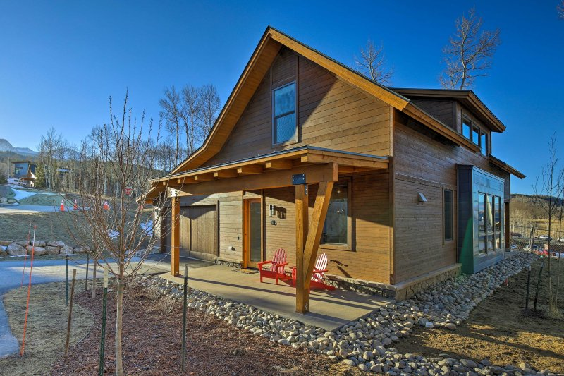 Newly built and filled with amenities, this mountain home is a great escape!