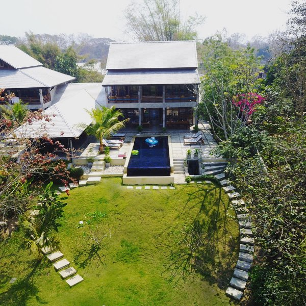 PING POOL VILLA 1, private pool riverfront villa, holiday rental in San Sai