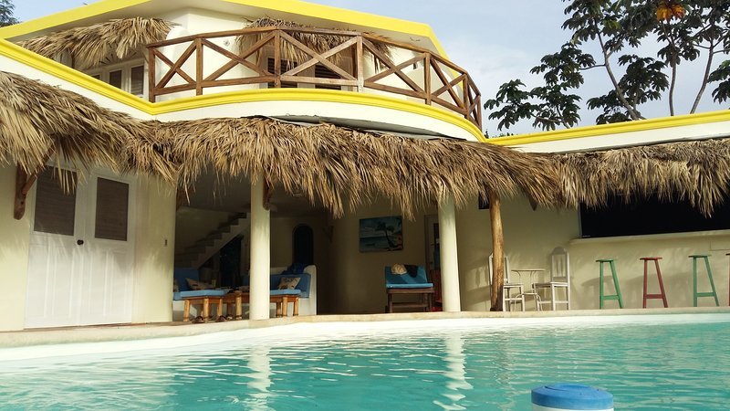 Villa Mariquita - vue exeptionelle sur la mer et les loma - 5ms plage, holiday rental in Las Terrenas