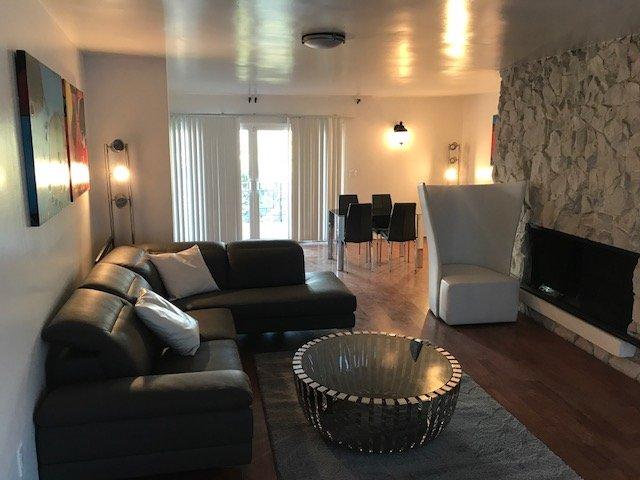 Luxury home in Los Angeles close to Universal Studio/Hollywood views, sleeps 11+, holiday rental in Los Angeles