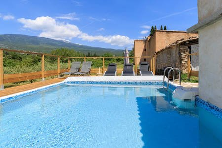 gite les pousse-chiens, holiday rental in Flassan