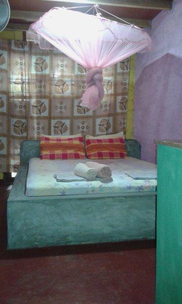 Queen Fan Double Room with shared bathroom, vacation rental in Katunayaka